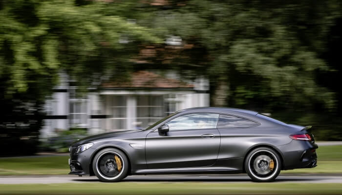 Mercedes-AMG C 63 S 4MATIC в движении
