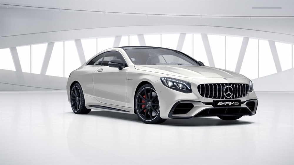 Mercedes-Benz Mercedes-AMG S 63 4MATIC+ Coupe (799)designo белый бриллиант