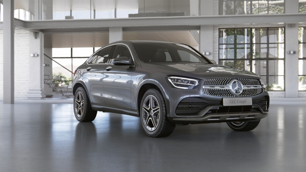 Mercedes-Benz GLC 300 d 4MATIC Coupe Sport (197)черный обсидиан (505)Кожа Exclusive Наппа, бежевый маккиато / серая магма